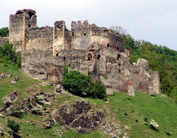 lipova ruins